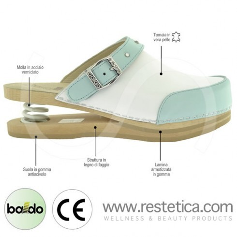 Zoccoli Baldo bicolor bianchi/celesti con elegante cinturino con brillantini, dotati di molla e plantare imbottito per un maggiore confort ai piedi
