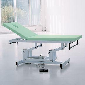 Letto professionale per trattamenti di fisiochinesiterapia dotato di dispositivo di sollevamento elettrico
