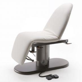 Letto-poltrona dalla seduta polifunzionale ideale per trattamenti Spa