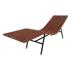 Lux Lounge chair in oak