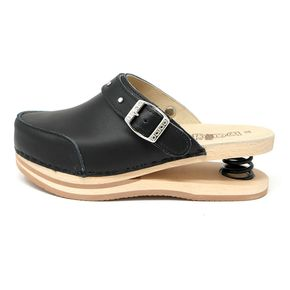 Closed Baldo Clogs with strap - Black