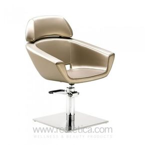 Swivel chair with a cosy design