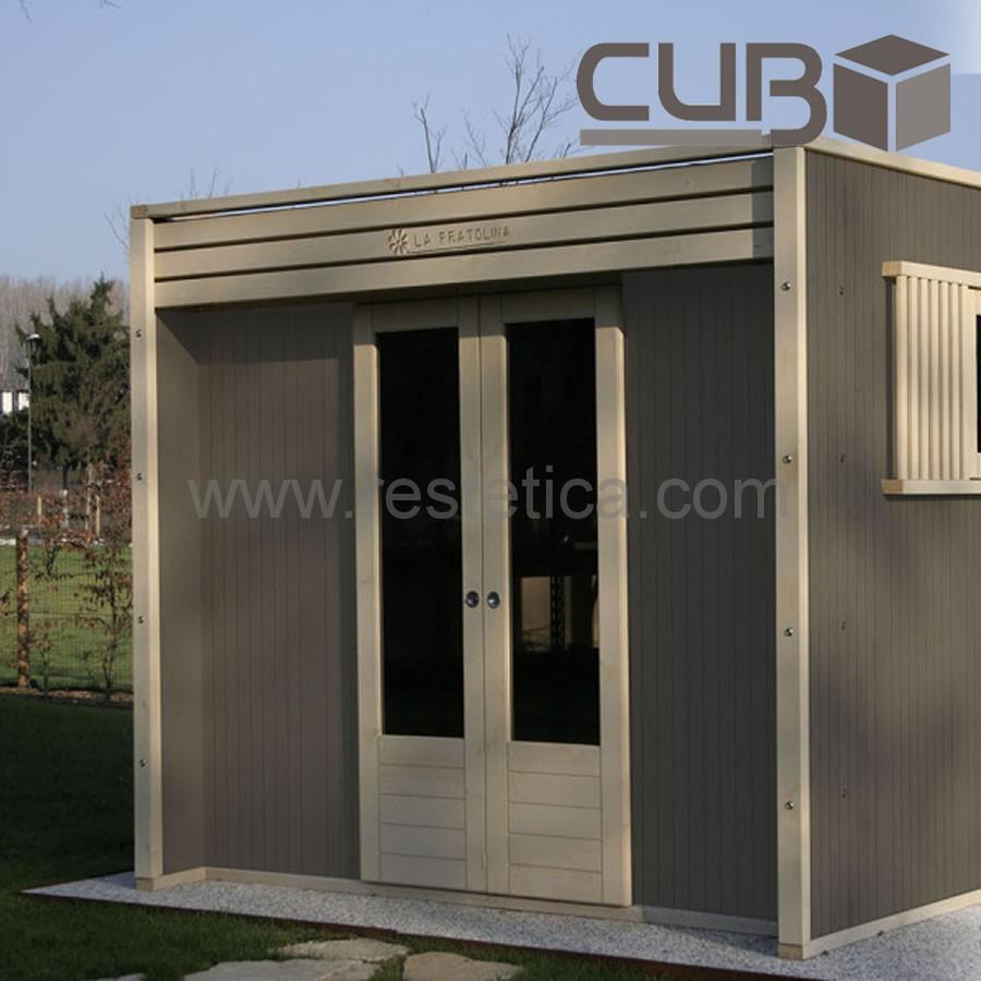 Casetta in legno cubo pratolina design minimale per area for Attrezzi per piscina
