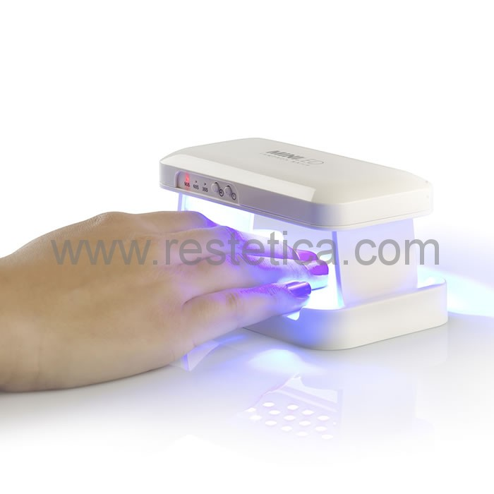 Mini lampada Led portatile per catalizzazione smalto unghie gel in tempi brevissimi