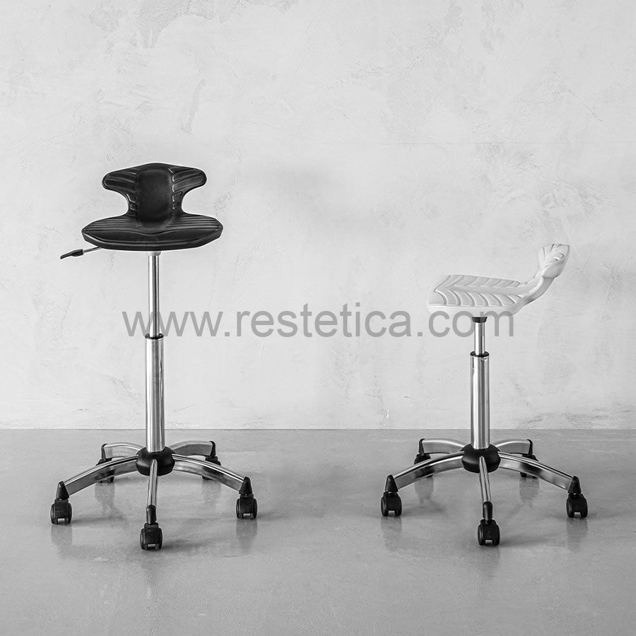 Stool with wheels Star Track by Artecno black/white