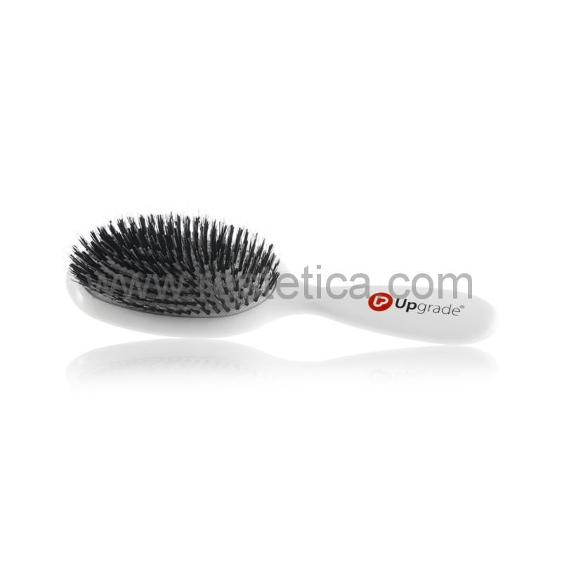 Spazzola pneumatica morbida, delicata, studiata per districare e pettinare i capelli con extension senza rovinarli